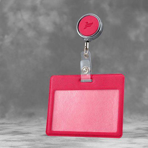 Карман с металлическим ретрактором - горизонтальный, цвет маджента