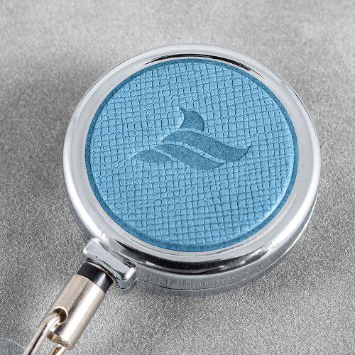 Карман с металлическим ретрактором - вертикальный, цвет голубой