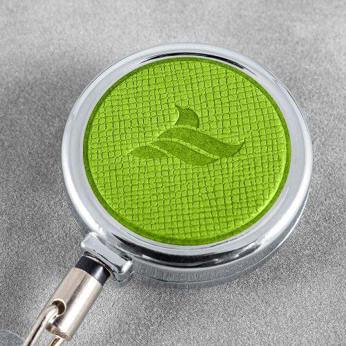 Карман с металлическим ретрактором - вертикальный, цвет зеленый