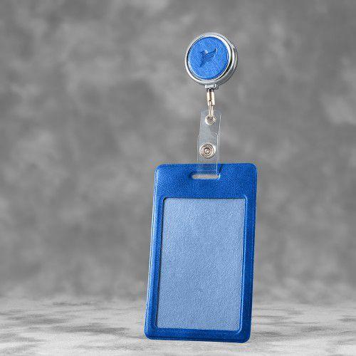 Карман с металлическим ретрактором - вертикальный, цвет синий Classic