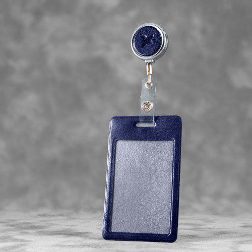 Карман с металлическим ретрактором - вертикальный, цвет темно-синий Classic