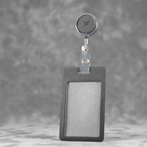 Карман с металлическим ретрактором - вертикальный, цвет серый