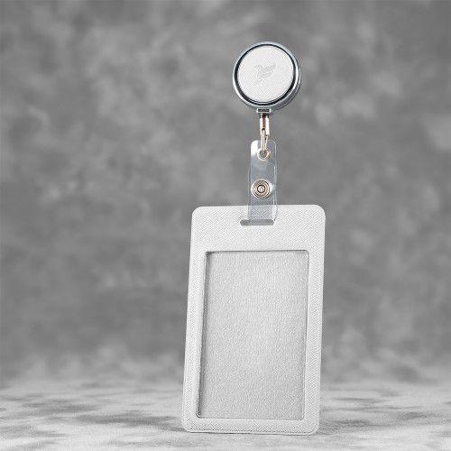 Карман с металлическим ретрактором - вертикальный, цвет белый