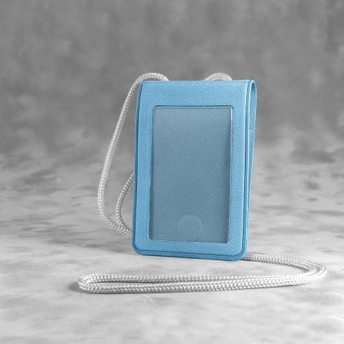 Карман с магнитным замком - вертикальный, цвет голубой