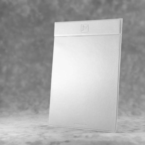 Папка планшет на магнитах, цвет белый classic